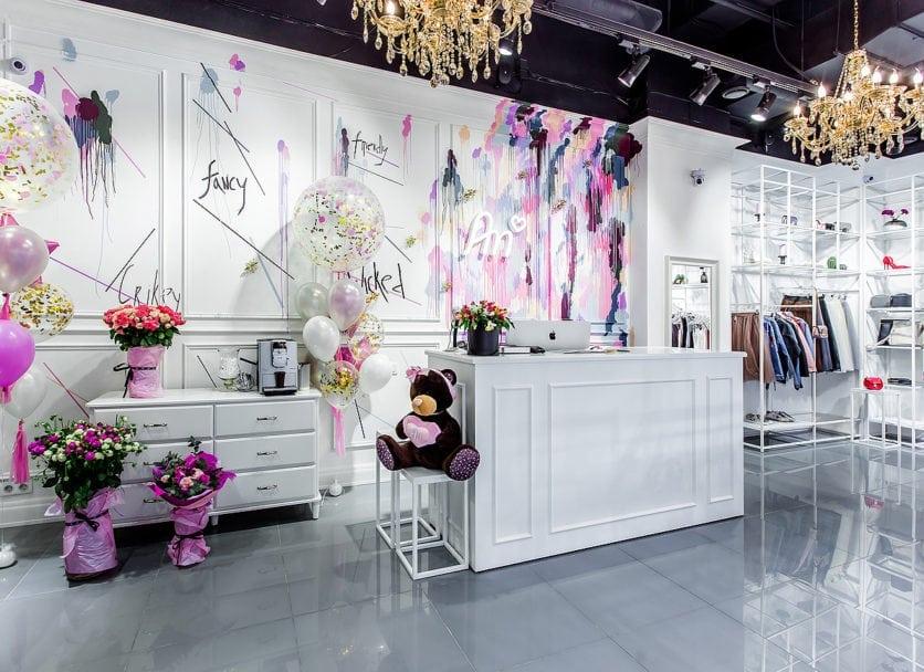 Мебель для магазина женской одежды «An»