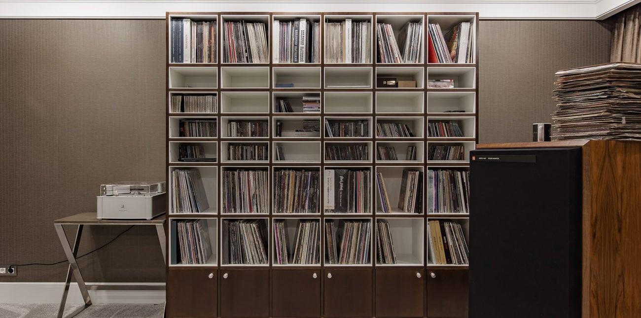 Стеллаж для музыкального кабинета
