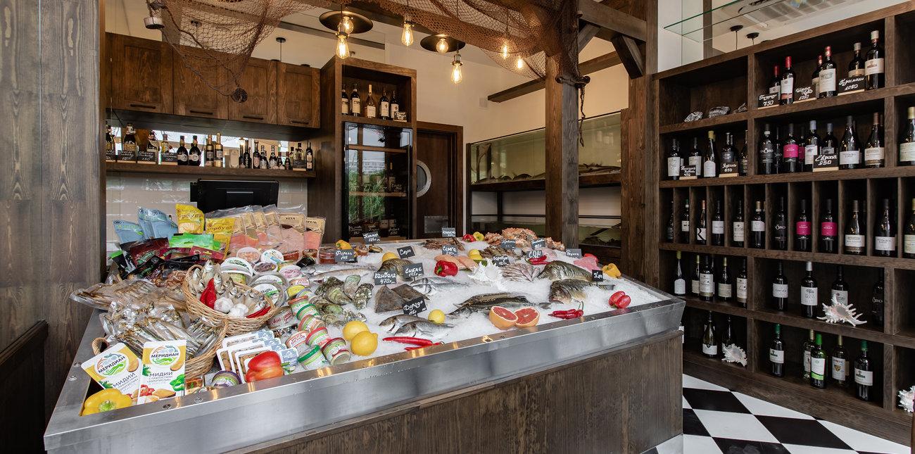 Торговый зал рыбной лавки от ресторана Mare d'Amore в Сочи